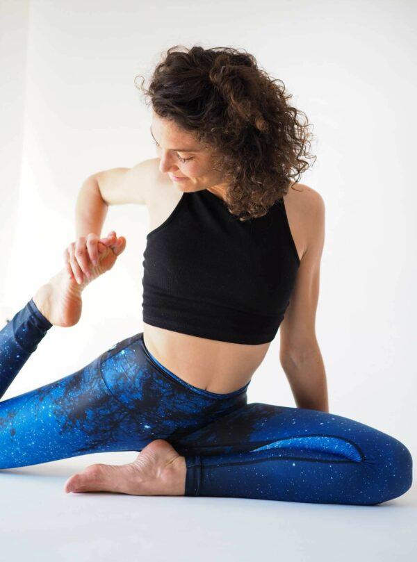 Blaue-Yoga-Leggings-Umweltfreundlich-Hergestellt-in-Deutschland