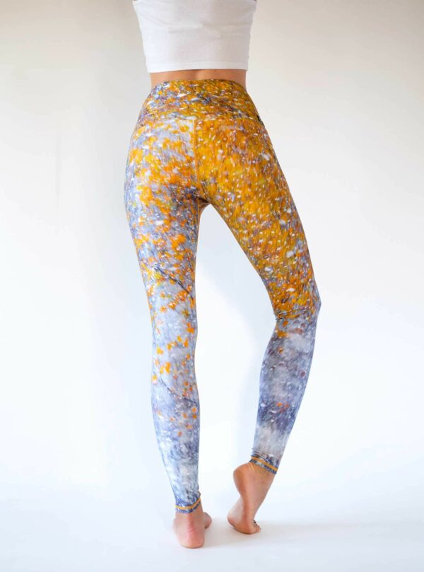 Yellow-Yoga-Leggings-First-Snow-Arctic-Flamingo