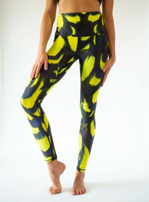 Flying-Tiger-Black-and-Yellow-Eco-friendly-Yoga-Leggings-Arctic-Flamingo
