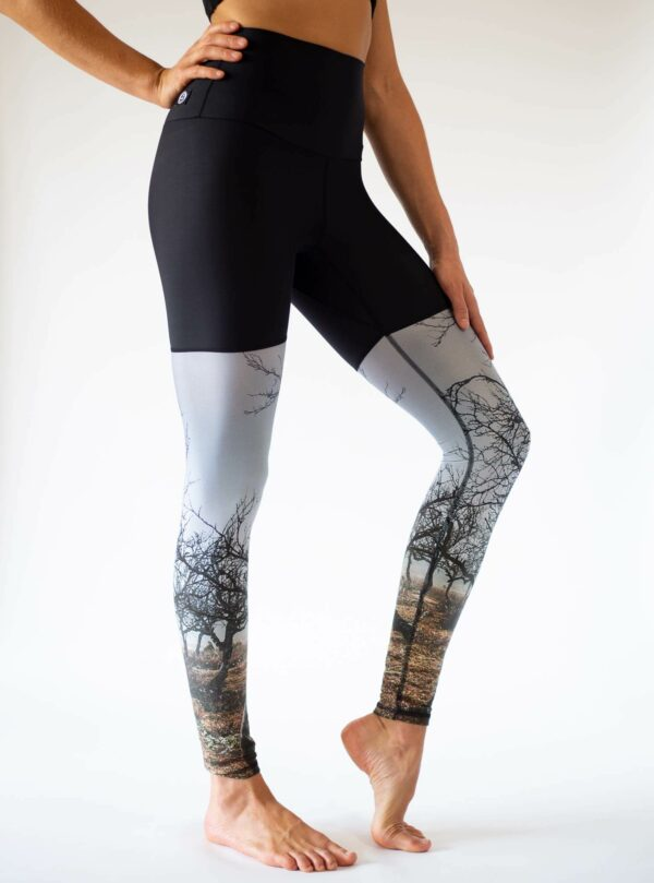 Roots-Leggings-Front-Side-Arctic-Flamingo-Yoga-Leggings