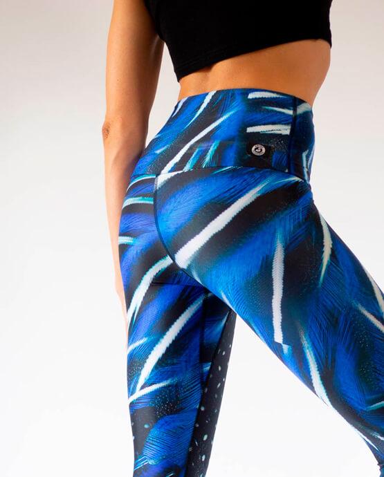 Blue-yoga-leggings-eco-friendly