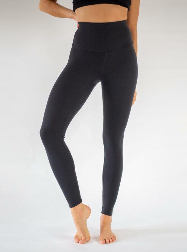 Nachhaltige-Yoga-Leggings-Tencel-Arctic-Flamingo
