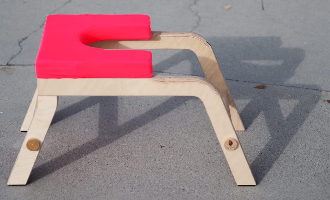 Yogahocker-Yogastool-Kopfstandhocker-Headstand-Stool-SIYA