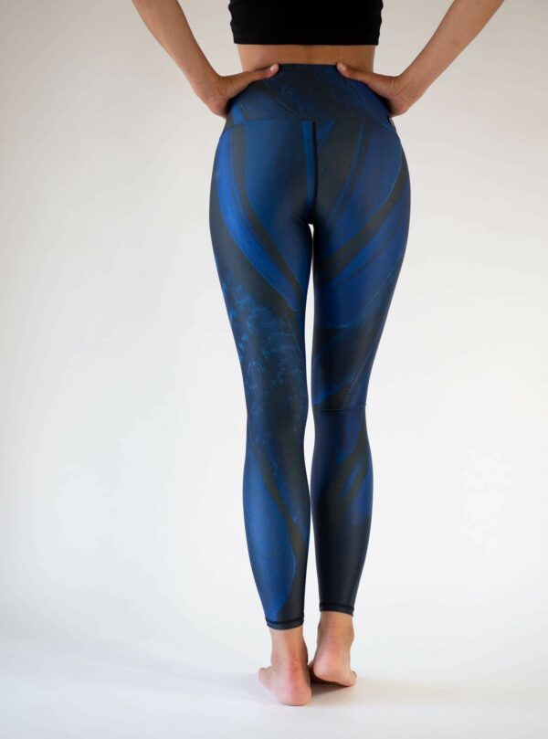 Dark-Blue-Recycled-Yoga-Leggings-Arctic-Flamingo