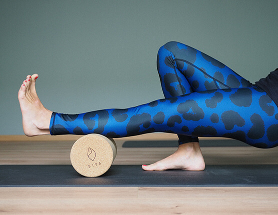 Blue-Leopard-Yoga-Leggings-Arctic-Flamingo (1)
