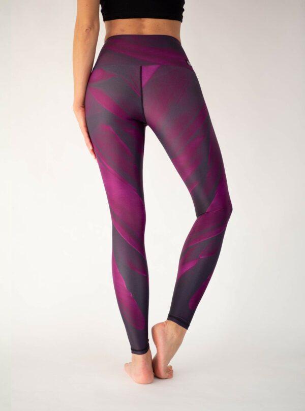 Maroon-Yoga-Leggings-Arctic-Flamingo