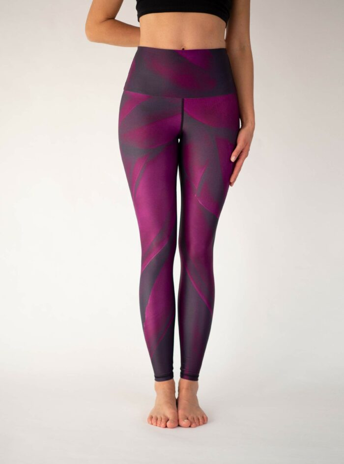 Purple-Yoga-Leggings-Arctic-Flamingo