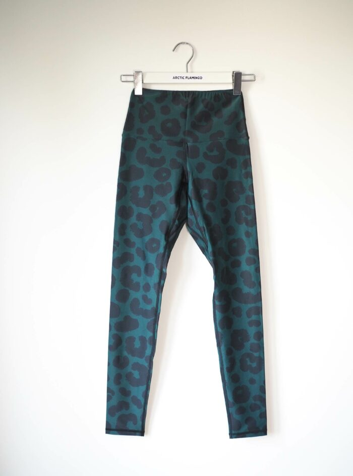 Second Hand Yoga Hose Arctic Flamingo